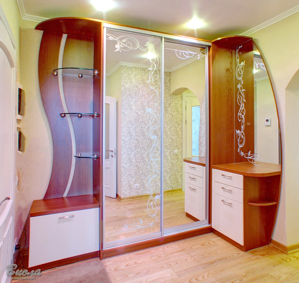 Шкаф зеркальный в прихожую купить в днепропетровске, киеве: .