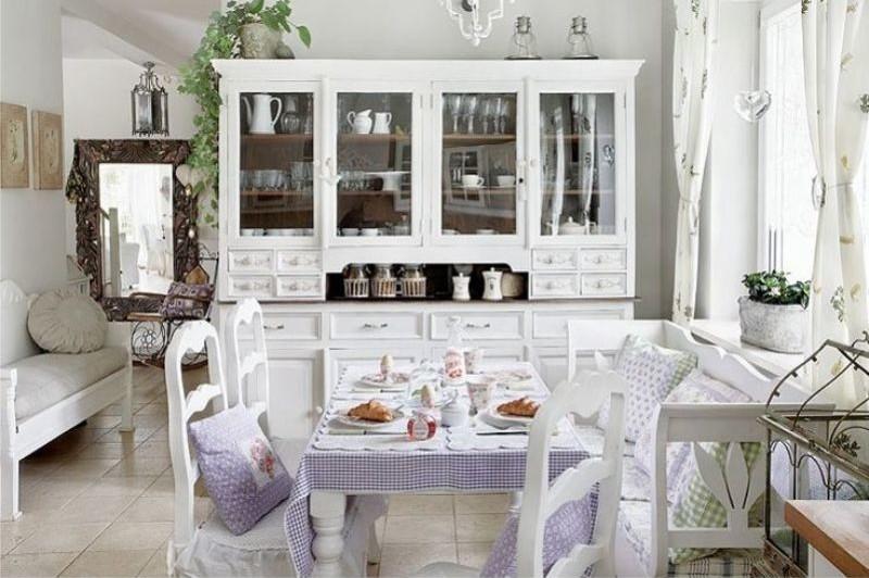 Белоснежная кухня в стиле Кантри